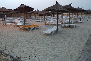 HOLIDAY BEACH 4*
